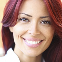 Woman with gorgeous porcelain veneers
