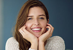 Smiling woman with healthy teeth and gums